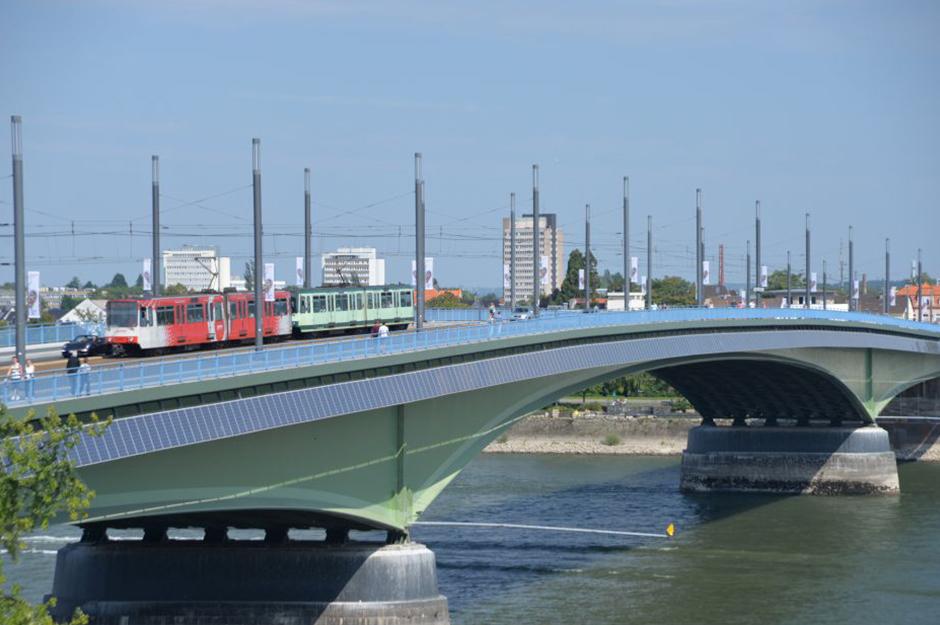 Rheinbrücke in Bonn